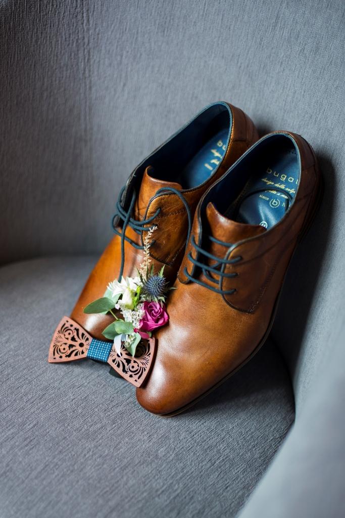 Boty a motýlek